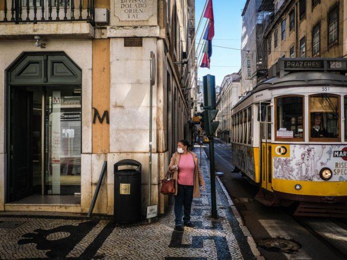 Индискиот сој ги враќа ограничувањата во Португалија
