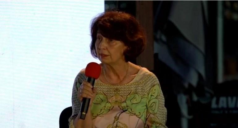 Силјановска Давкова: Имаме хиперпродукција на закони, правен илузионизам владее во оваа земја