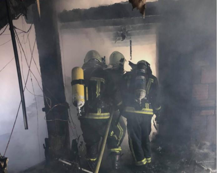 Пожар во Скопје: Цела барака изгоре до темел