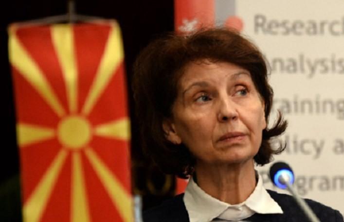 Силјановска Давкова: Филипче и Хасани одговараат пред Парламентот, Заев е само поштар според Уставот